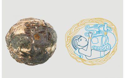 Enestående pynteknap med Tyr og Fenrisulven som motiv kan opleves på Færgegården
